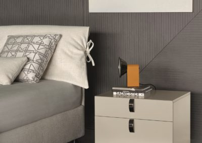 2b_SPLENDOR-Bedside-table-Flou-108189-rela652005