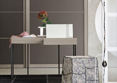 tomasella-toaletny-stolik-sedya-REPLAY3