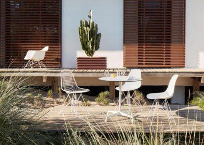 vitra-eames-contract-table-outdoor-ambiente-003_zoom